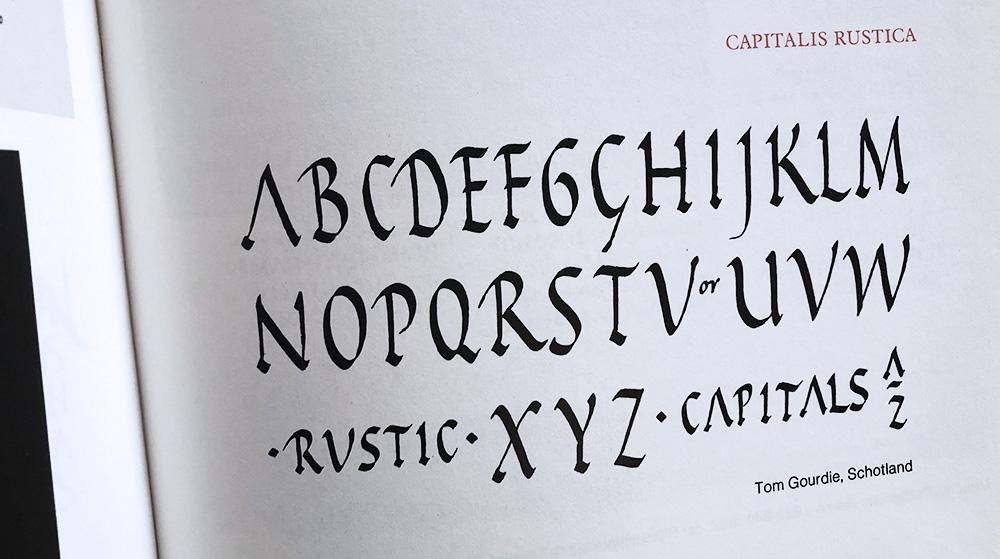 Capitalis Rustica kalligrafie